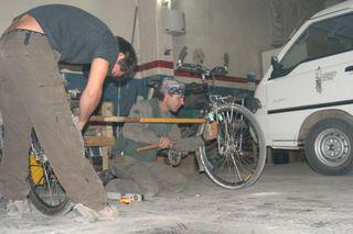 Construyendo_el_carrito_para_las_vias
